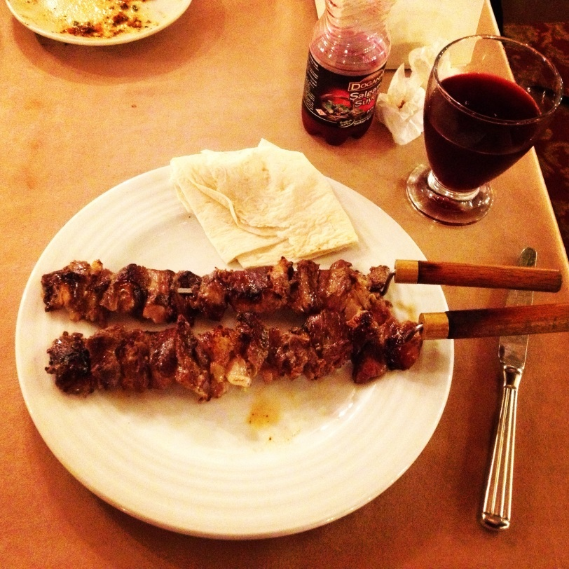 The famous cağ kebabi, paired with a fine glass of şalgam