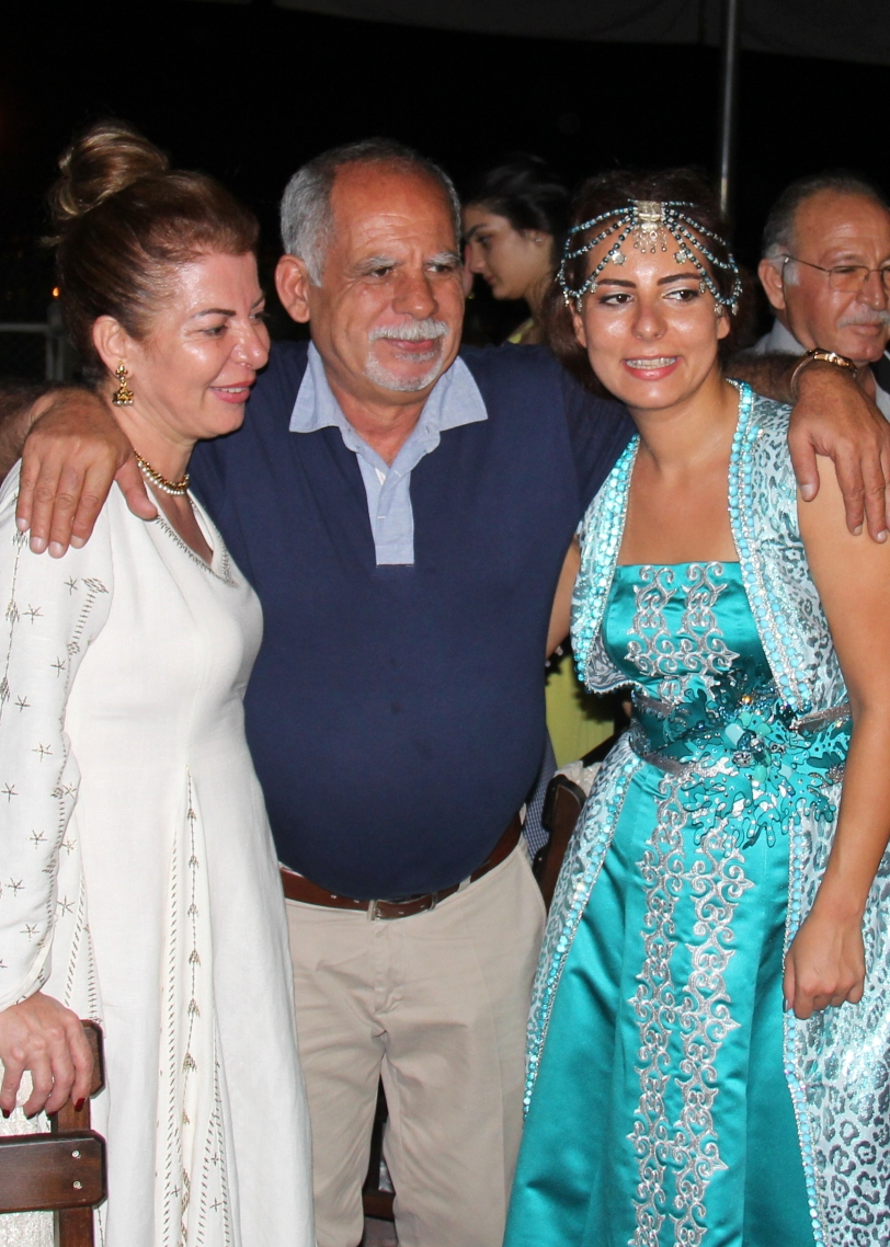 Eda with her parents