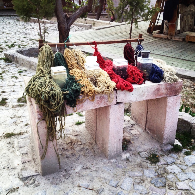 A yarn demo outside a hotel in Göreme