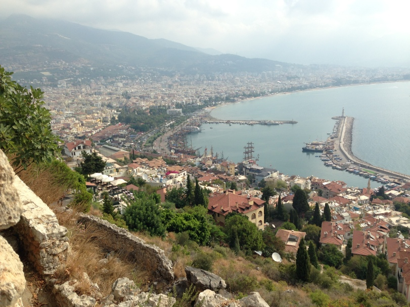 Alanya's nightlife takes place along this coastline